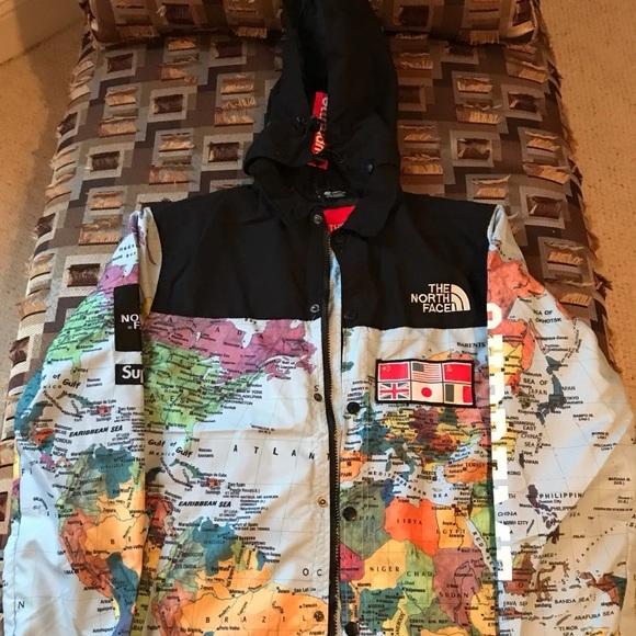 c74e19fe9 Authentic Supreme x North Face Map Jacket